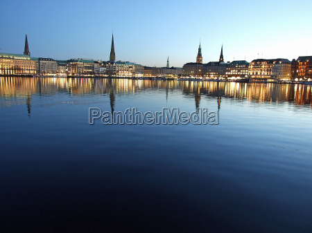 autumn evening on the alster lake