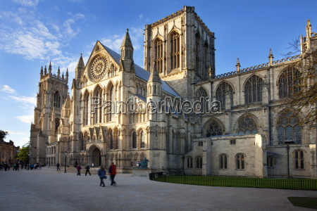 york minster from minster piazza at